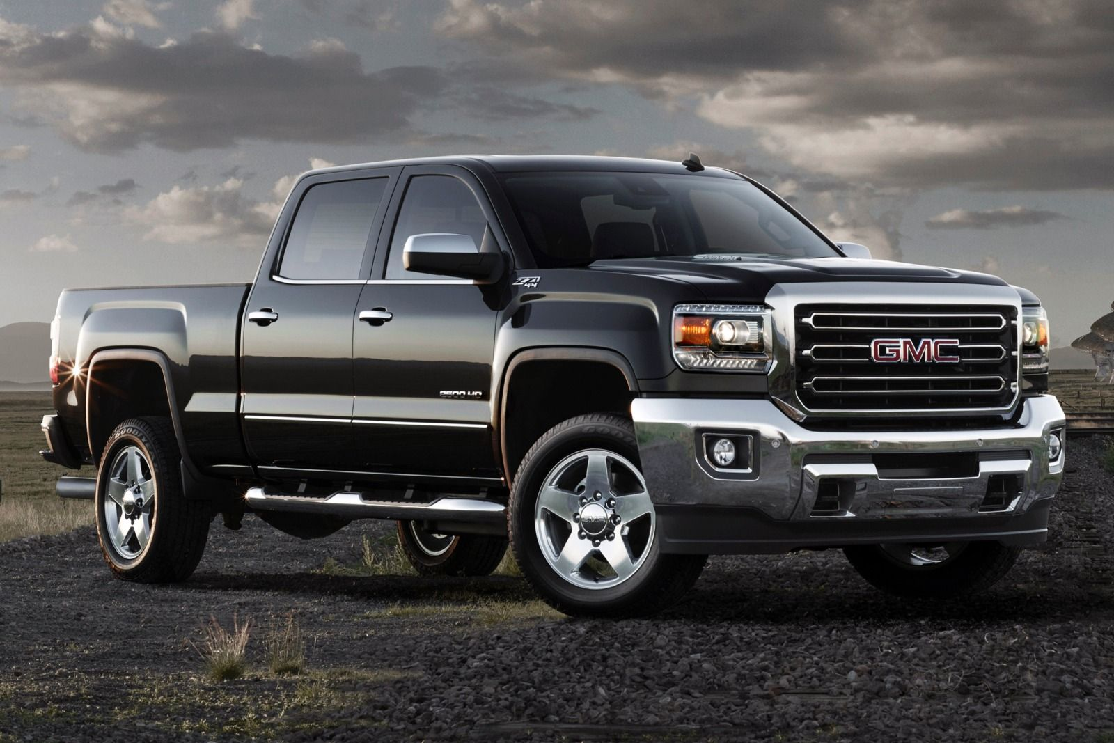 2015 gmc sierra denali 1500 4wd crew cab truck review da luxe. Black Bedroom Furniture Sets. Home Design Ideas