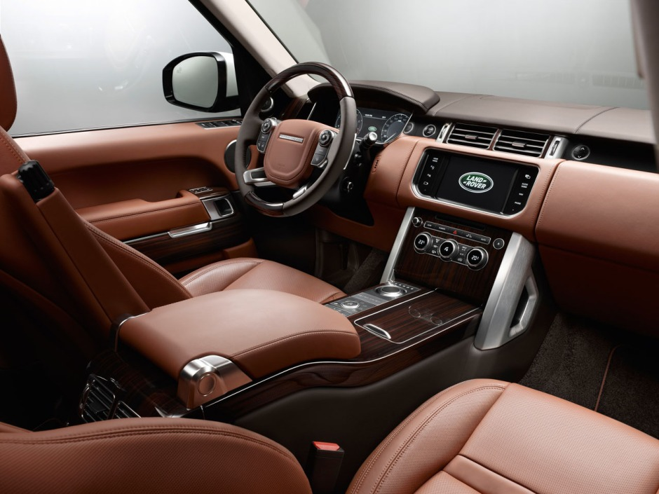 2015-Range-Rover-LWB-interior
