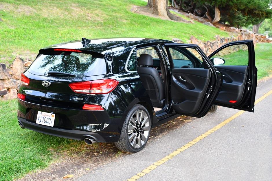 2018 Hyundai Elantra RIGHT SIDE BOTH DOORS OPEN