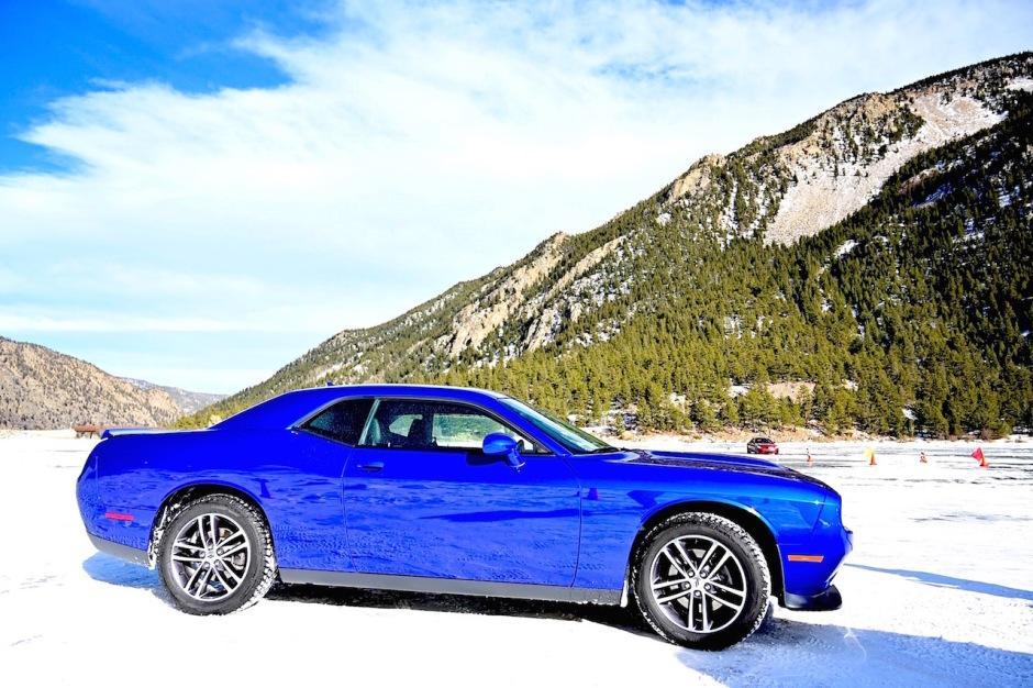 2019 Dodge Challenger GT AWD 2